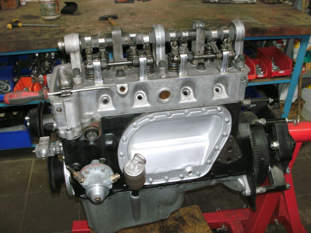 Motor eines Mercedes 190SL, frühe Ausführung mit Wasserdeckel