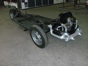 VW Käfer Fahrgestell frisch restauriert